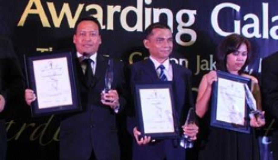 The Sultan Hotel & Residence Jakarta Proudly Receive the Indonesia Leading Green Hotel Award 2014-2015