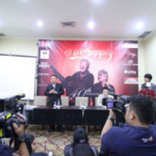 """Press Conference AIR SUPPLY Concert in Jakarta 40TH Anniversary – """"CELEBRATION OF LOVE"""" – Hosted THE SULTAN HOTEL AND RESIDENCE"""