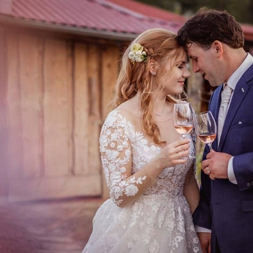 5 Safe Ways to Plan Your Wedding During the Pandemic