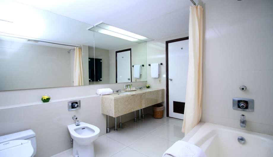 Bathroom 3 Bedroom